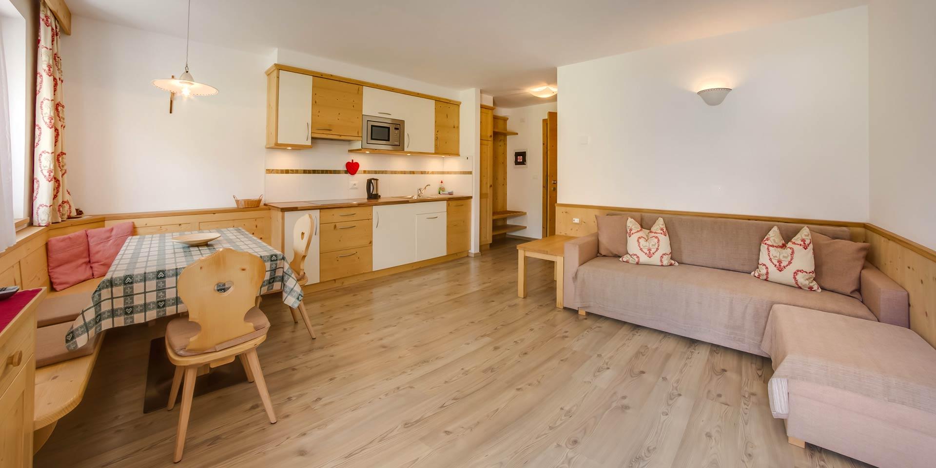 Damont | Appartamento bilocale Sasplat | Santa Cristina ...
